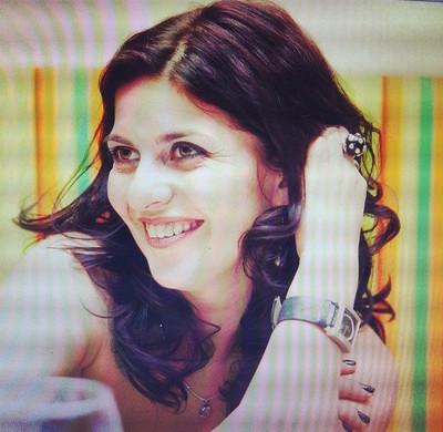 Irina Voyante (online) · Nicole Voyante (offline) 566d34447307
